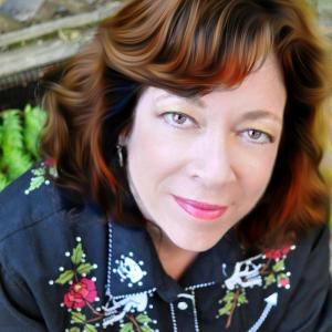 Author Layly Wolfe headshot